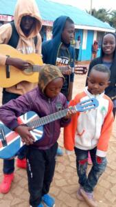 abel_mogaka_kids_nairobi_slum_24