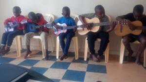 abel_mogaka_kids_nairobi_slum_32
