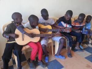 abel_mogaka_kids_nairobi_slum_35